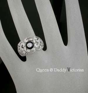 18K(750) white gold black onyx and diamond ring