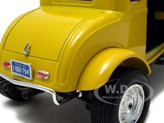 1932 FORD COUPE YELLOW 118 AMERICAN GRAFFITI