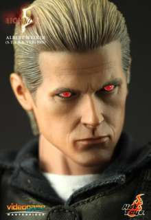 Hot Toys Resident Evil 5 Albert Wesker S.T.A.R.S. Ver. 1/6 Scale 12