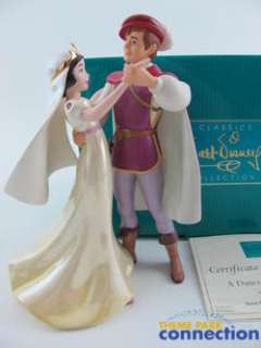 Princess SNOW WHITE & PRINCE A Dance Among the Stars Statue Figure