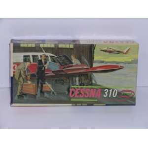 Cessna 310 Civilian Aircraft   Plastic Model Kit