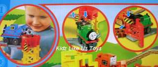 Thomas the Tank   BIG LOADER TRAIN SET (Tomy)