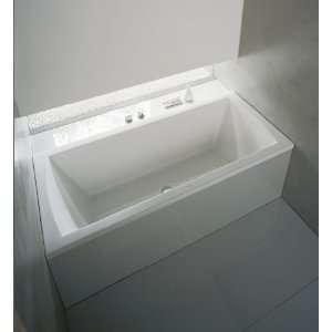 Daro 66 7/8 x 29 1/2in Built In Bath Tub w/Jet System & Remote White