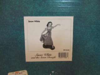 WDCC Disney Snow White The Fairest One of All Figurine in box w/coa