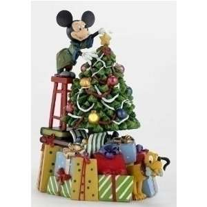 Disney Mickey Mouse & Pluto Lighted Christmas Decoration