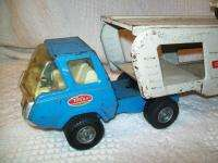 Vintage 1970s TONKA MOTOR MOVER Car Carrier with YELLOW CAR