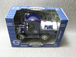 GearBox Ford Diecast Replica 1912 Delivery Truck Bank |
