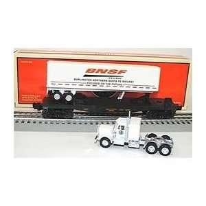BNSF Flatcar w/Tractor Trailer Toys & Games