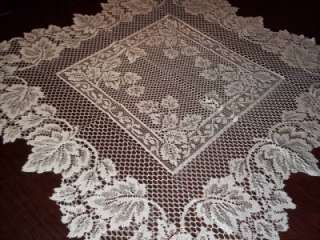 AUTUMN LEAVES WHITE SQUARE TABLE LARGE DOILY LACE 30 X 30 WTDF115