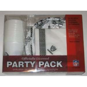 OAKLAND RAIDERS Team Logo Plastic / Paper PARTY PACK for