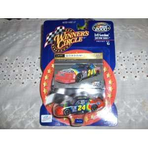 Dupont Lumina Lifetime Series 164 Scale 2000 Winners Circle Diecast