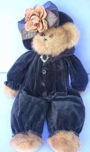18 BEARINGTON TEDDY BEAR IN BLACK VELVET SUIT & HAT W FLOWER