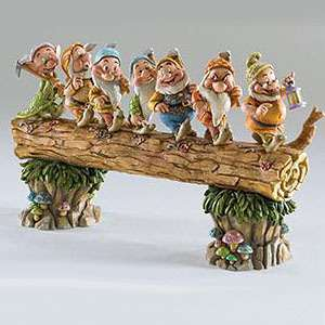 Enesco Jim Shore Disney Snow White Seven Dwarfs On Log 4005434
