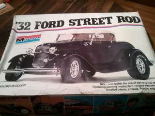 Monogram 1/8 1932 Ford Street Rod Kit # 2602 Complete KIT