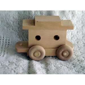 WOODEN TOY TRAIN CABOOSE CAR  L Toys & Games