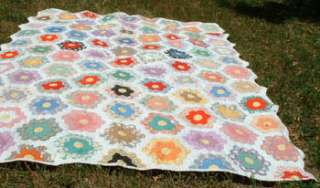 Vintage Quilt  1930s   Grandmothers Flower Garden   Good Shape
