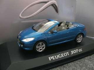 43 Norev Peugeot 307cc (removeable roof) dealer box