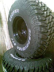 33 12.50 15 COOPER DISCOVERER STT MTs on 15x10 rims X 4