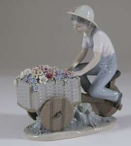 Flower Peddler seller bike Tricycle 5029 FIGURE RETIRED bicycle cart