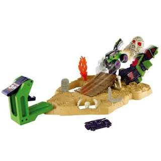 Hot Wheels Monster Jam Grave Digger Boneyard Bash Playset