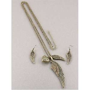 Fashion Jewelry Desinger Inspired Brass Oxidized Wing and